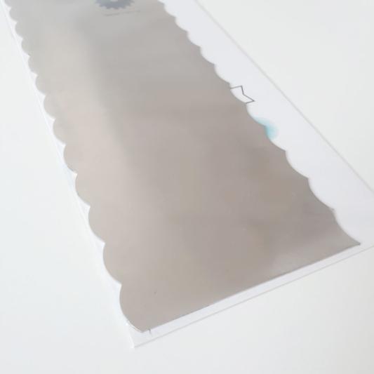 Metalowa Skrobka/Packa do tortów - Miniowe Formy - Falbanka 19,5 cm