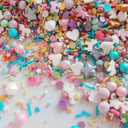Cukrowa Posypka Tęczowa UNICORN (mix - serca, gwiazdki, kwiatki, perełki, maczki, jednorożce, mimoza, confetti i inne) - 55 g