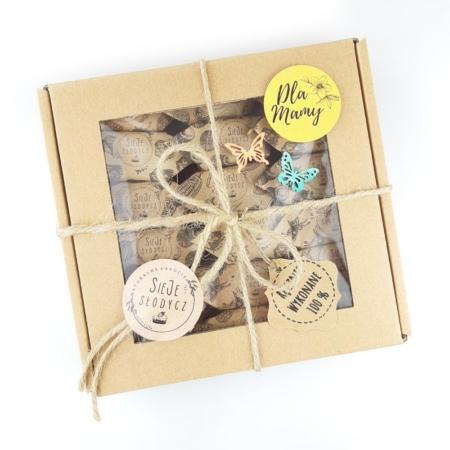 Cukierki Krówki Naturalne - Mix na Dzień Matki 6 smaków (waniliowe, malinowe, kakaowe i orzech laskowy, orzech włoski, kokosowe) - woreczek 18 szt.