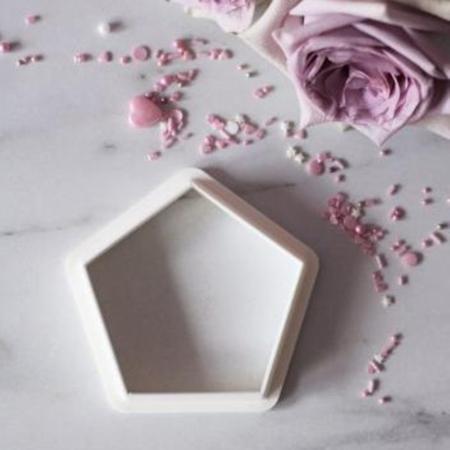 Wykrawaczka do stempli dekoracyjnych - PIĘCIOKĄT - Miniowe Formy